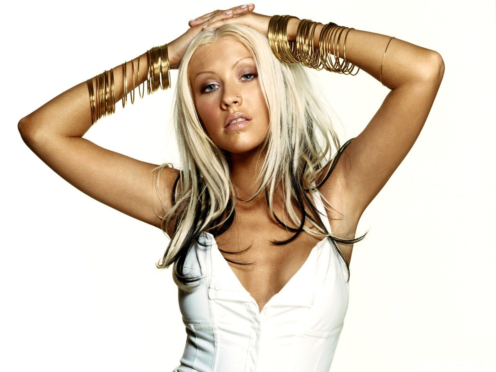 Christina Aguilera Ttwitter